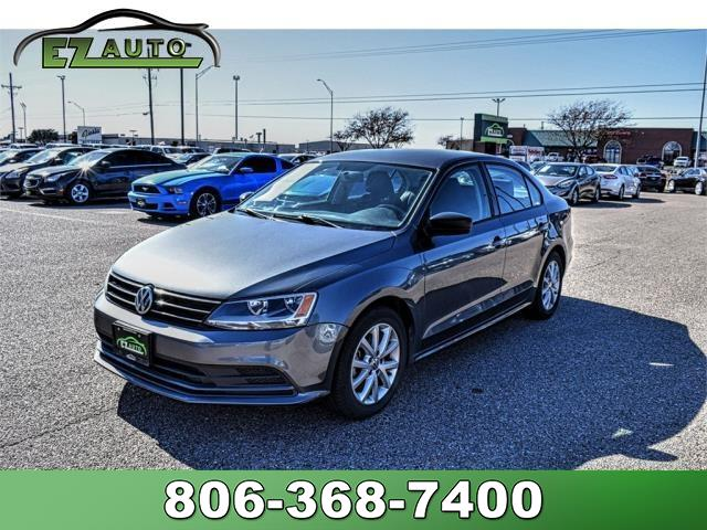 Pre-Owned 2015 Volkswagen Jetta Sedan SE 6A